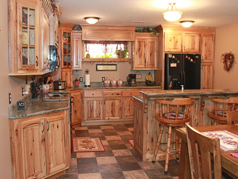 Rustic Hickory Kitchen Cabinets The Plus