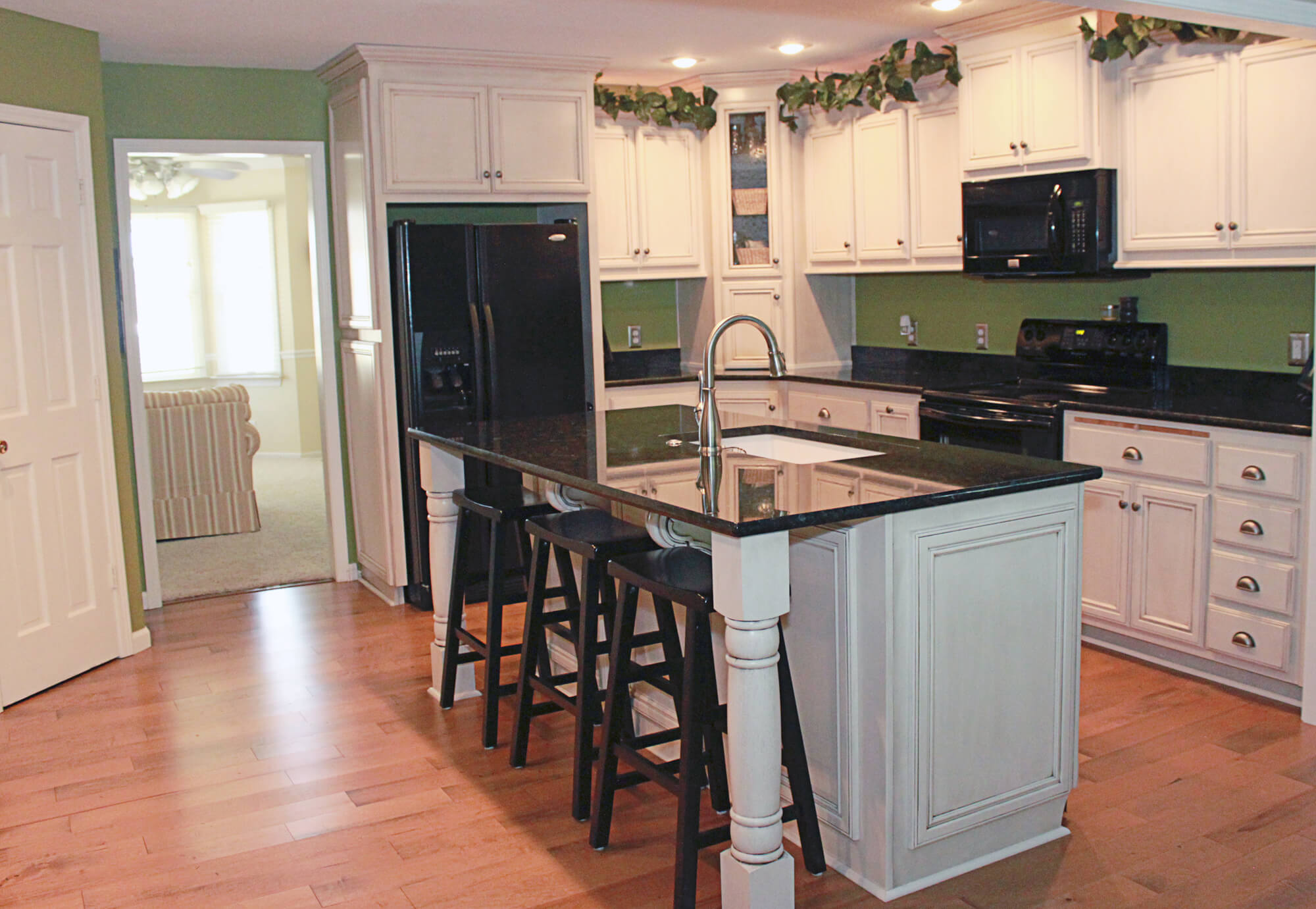 painted kitchens cabinets the cabinets plus painted kitchen cabinets 24382