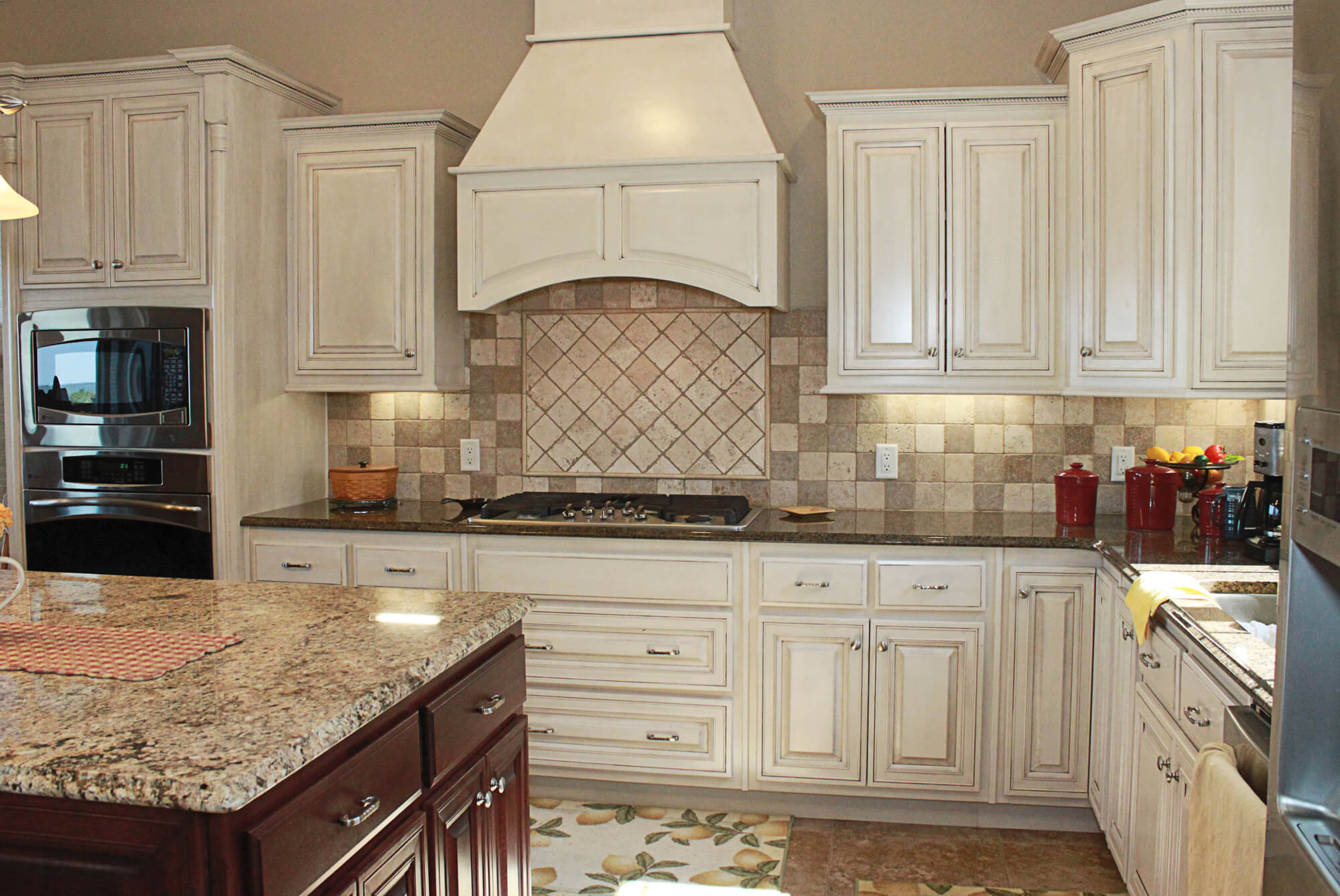 custom-kitchen-cabinet-painted-4