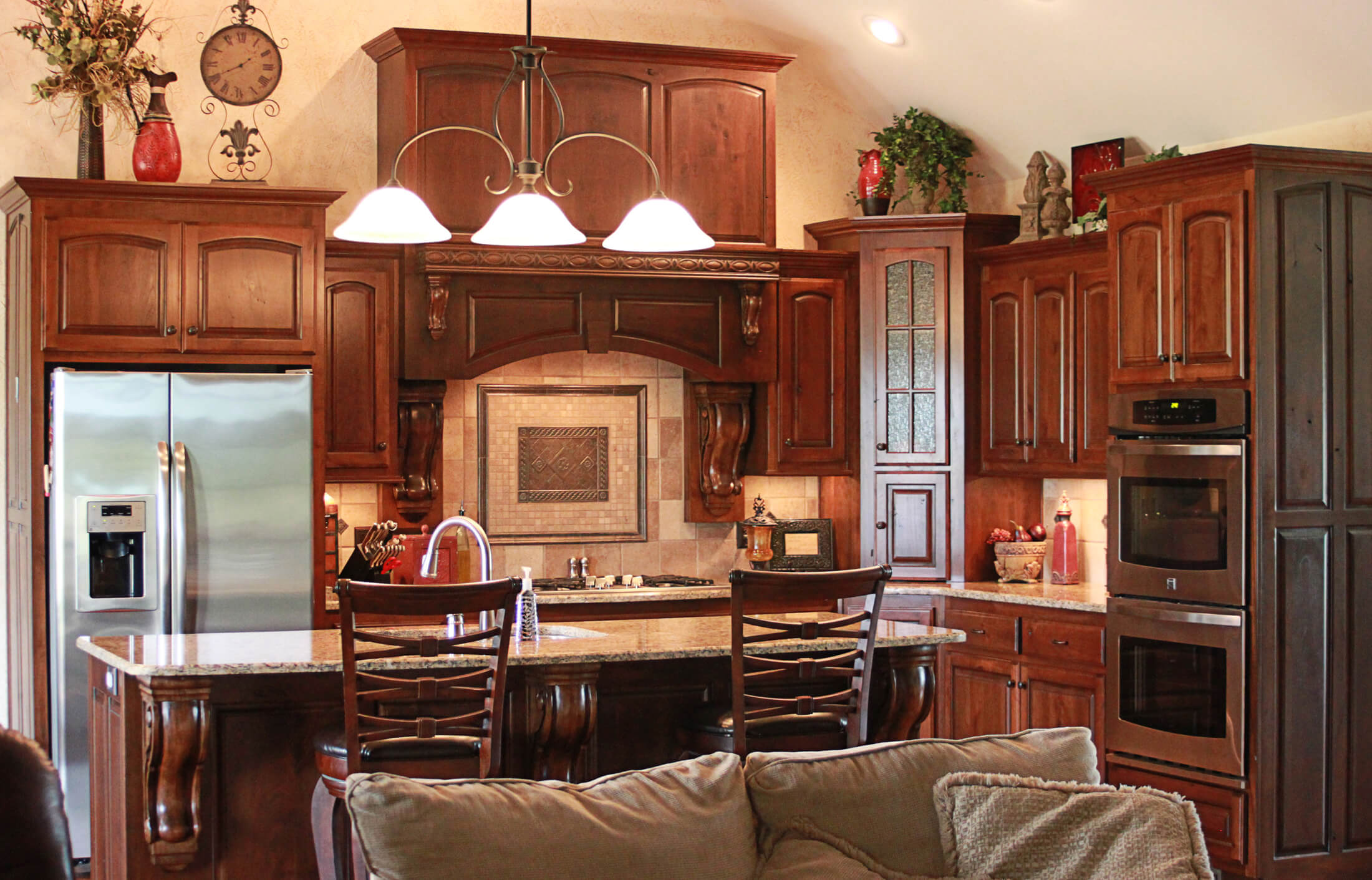 custom-kitchen-cabinet-rustic-cherry-7