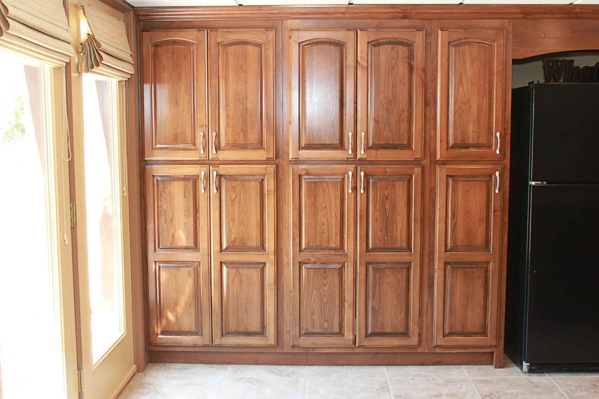 custom-kitchen-cabinet-clear-alder-11