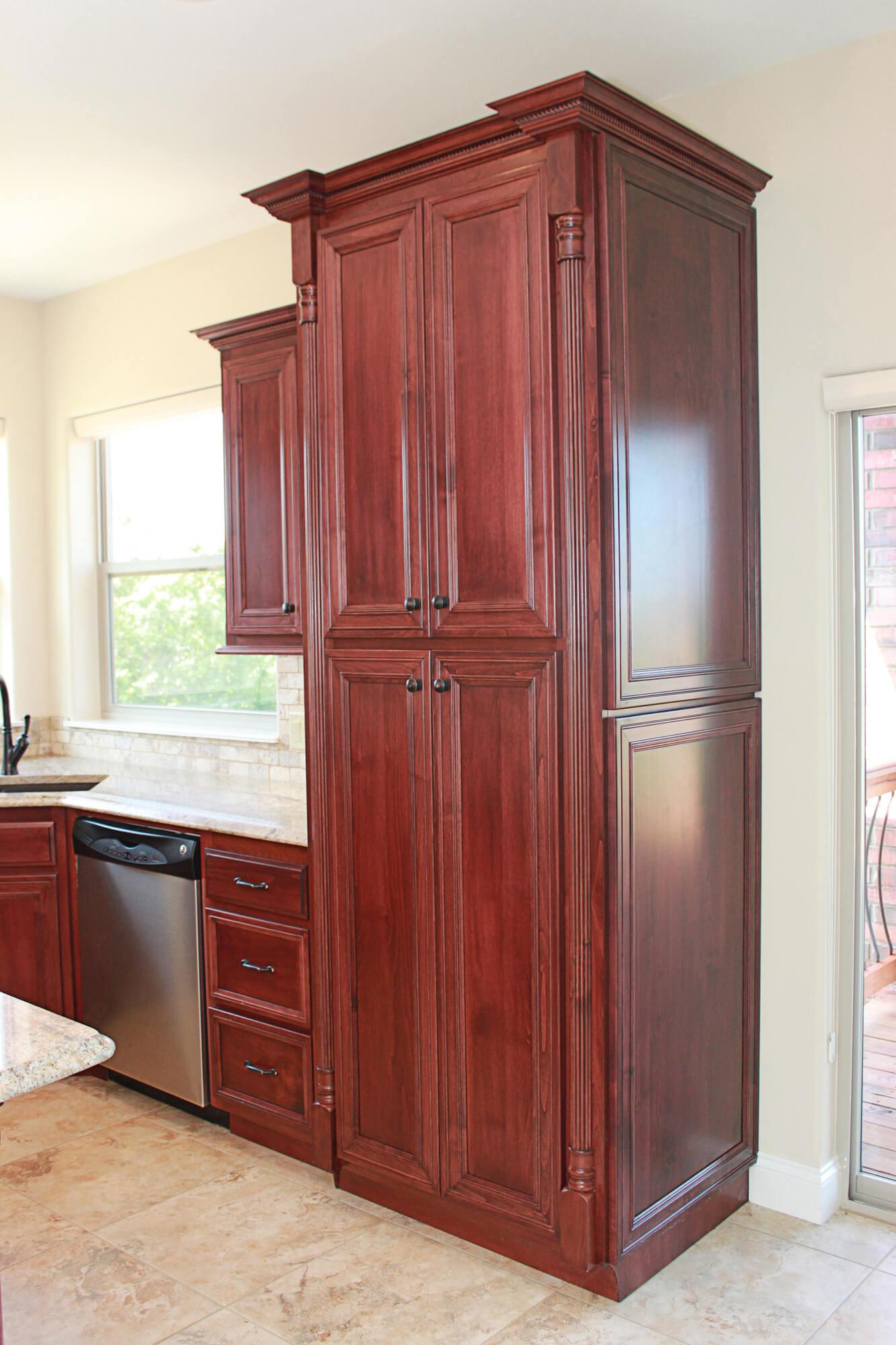 custom-kitchen-cabinet-clear-alder-5