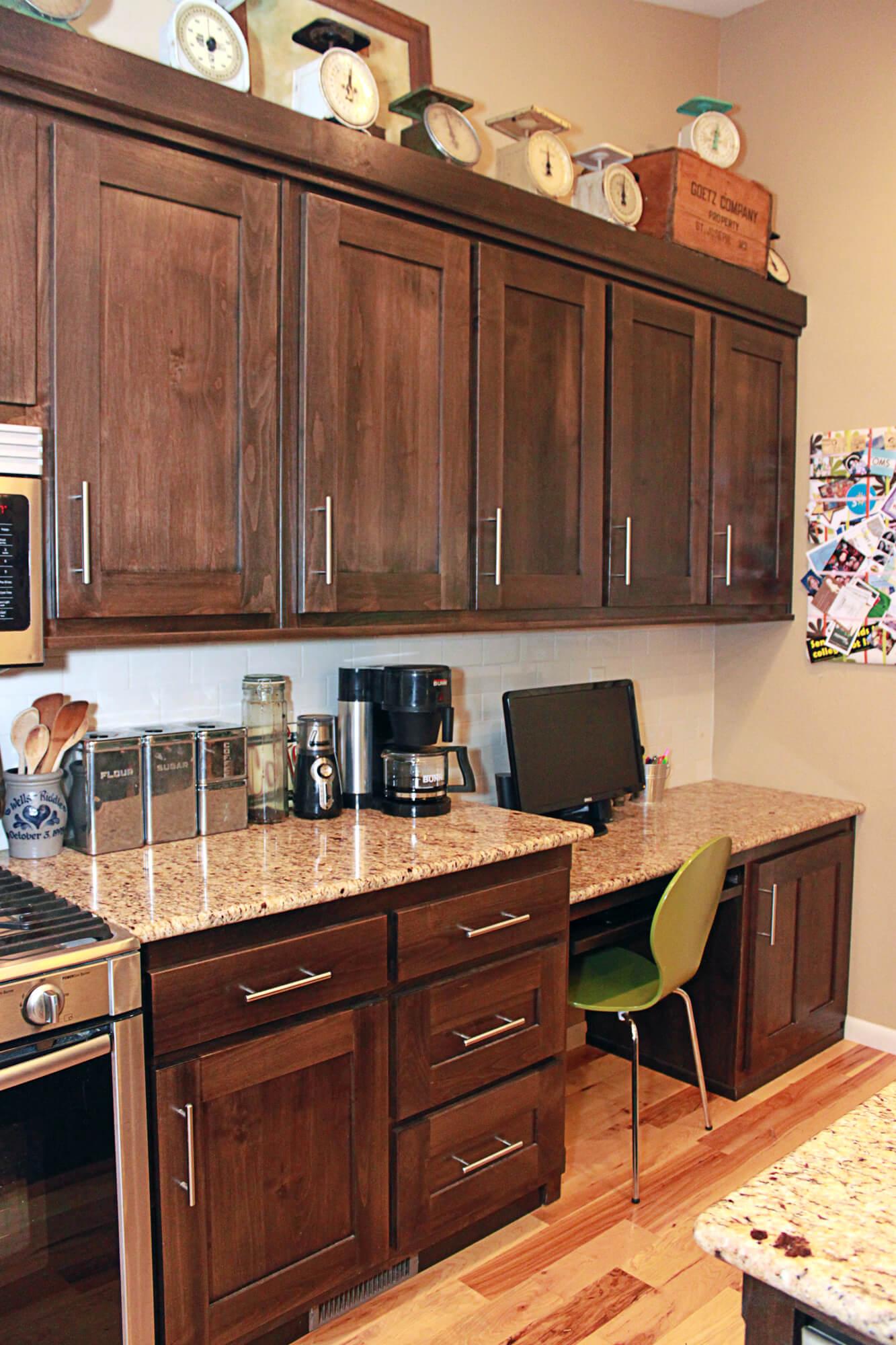 custom-kitchen-cabinet-clear-alder-6