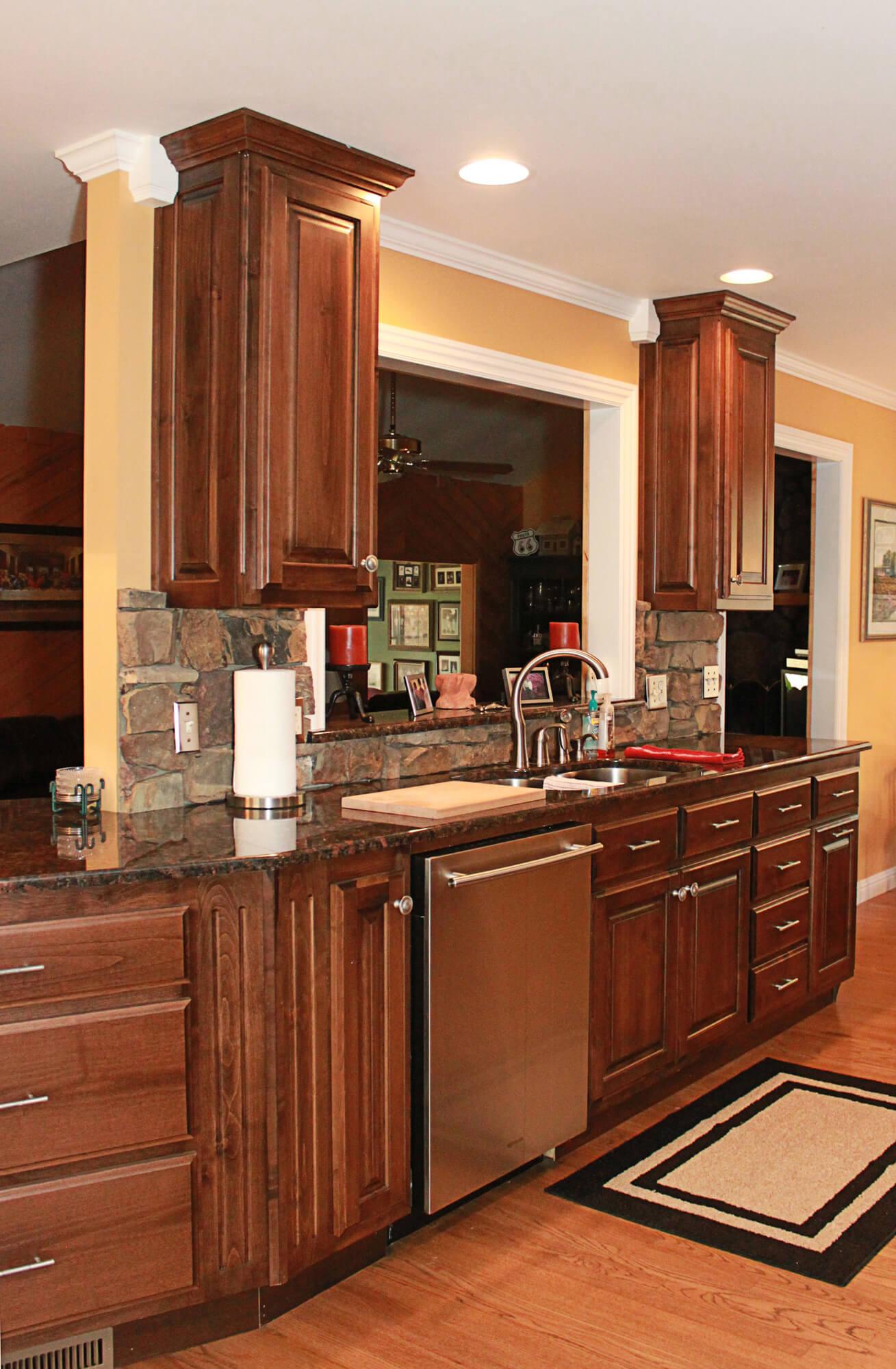 custom-kitchen-cabinet-clear-alder-7