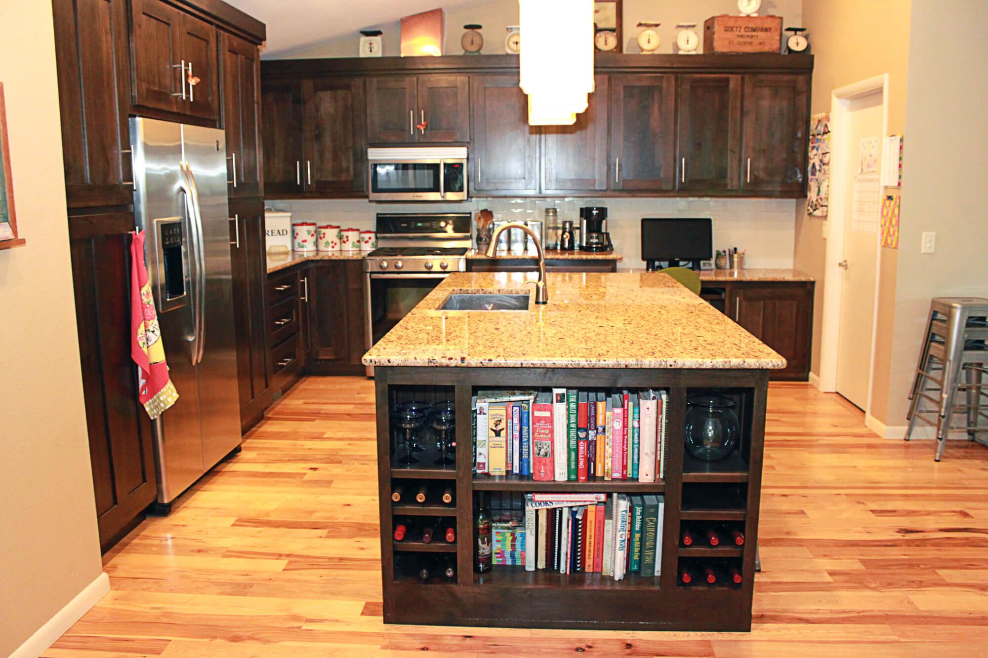 custom-kitchen-cabinet-clear-alder-9