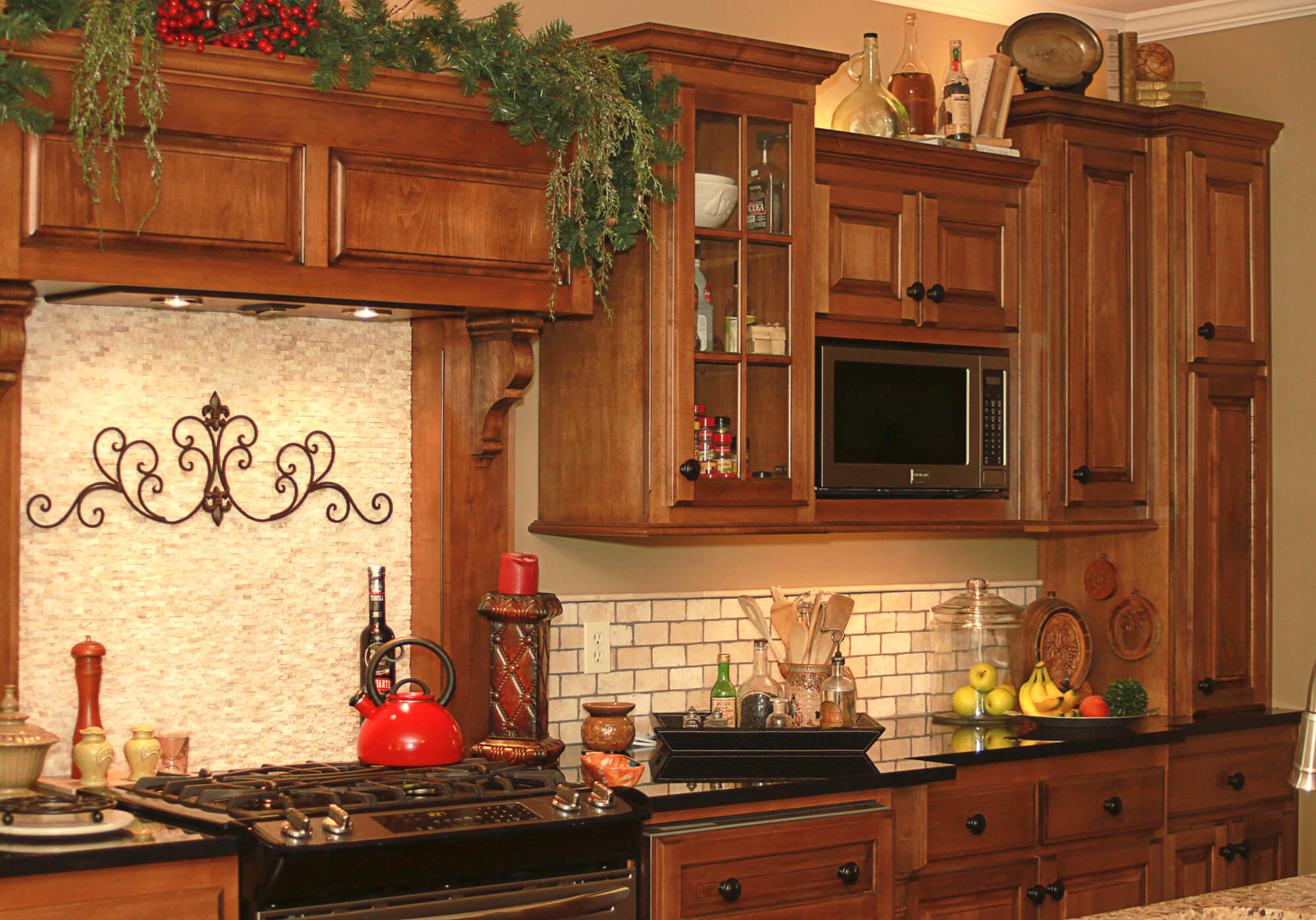 custom-kitchen-cabinet-maple-2
